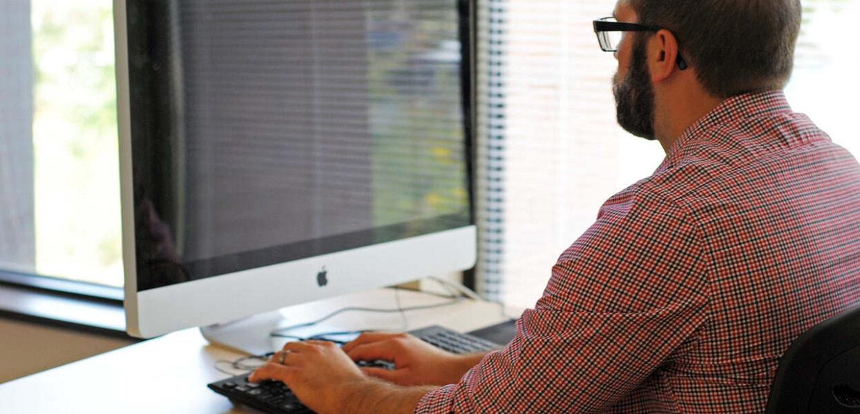 Quel est le meilleur logiciel pour faire un CV percutant ?